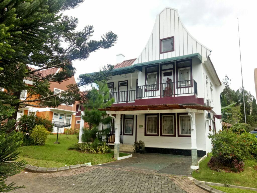 Image 1 Villa Belanda 4 Kamar, Pilihan Terbaik Di Villa Kota Bunga Puncak