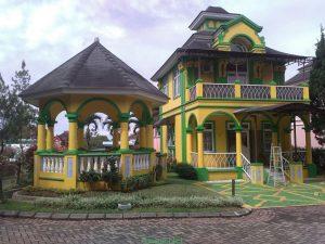 Villa Praha 31, Pilihan Sewa Villa Little Venice