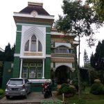 Viktoria 5N, Villa Gaya Eropa Di Puncak 5 Kamar Kapasitas 10 s.d 25 Orang