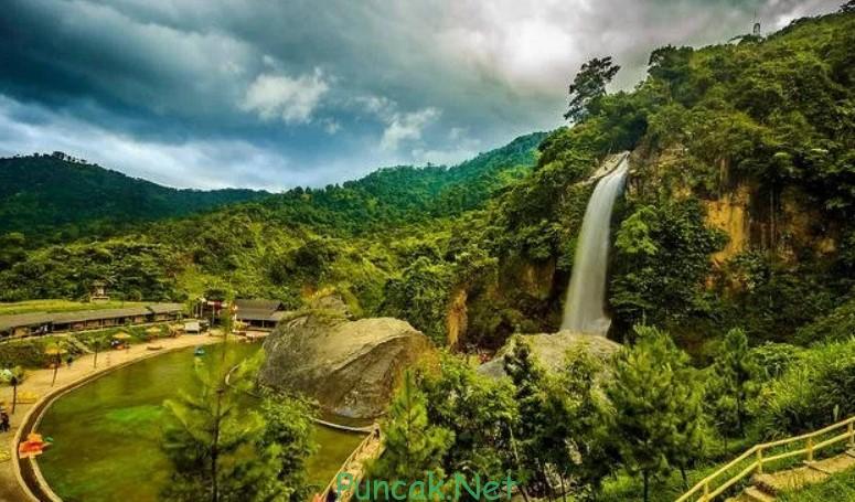 Air Terjun Curug Bidadari Sentul Bogor Jawabarat