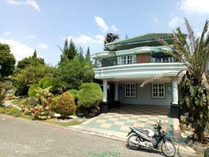 Villa Timur 6 Kamar Tidur Di Puncak Resort