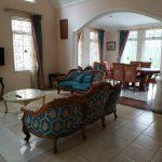 Villa Themes 5, Sewa Villa 5 Kamar Di Puncak Dekat Taman Bunga