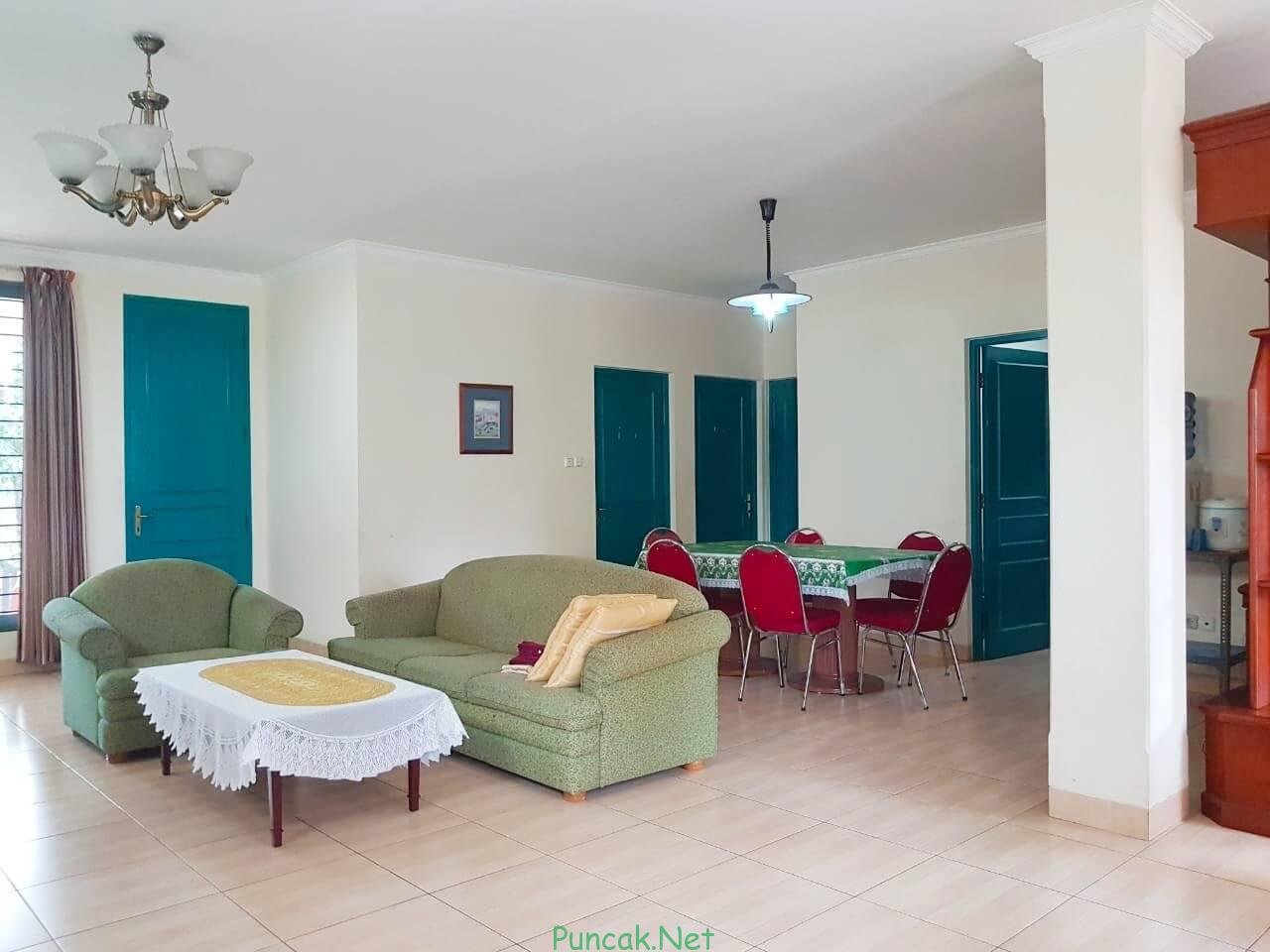 Villa Seruni Merah 5 Kamar Tidur