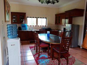 Villa Malibu 4 Kamar, Di Villa Kota Bunga Kolam Renang Pribadi